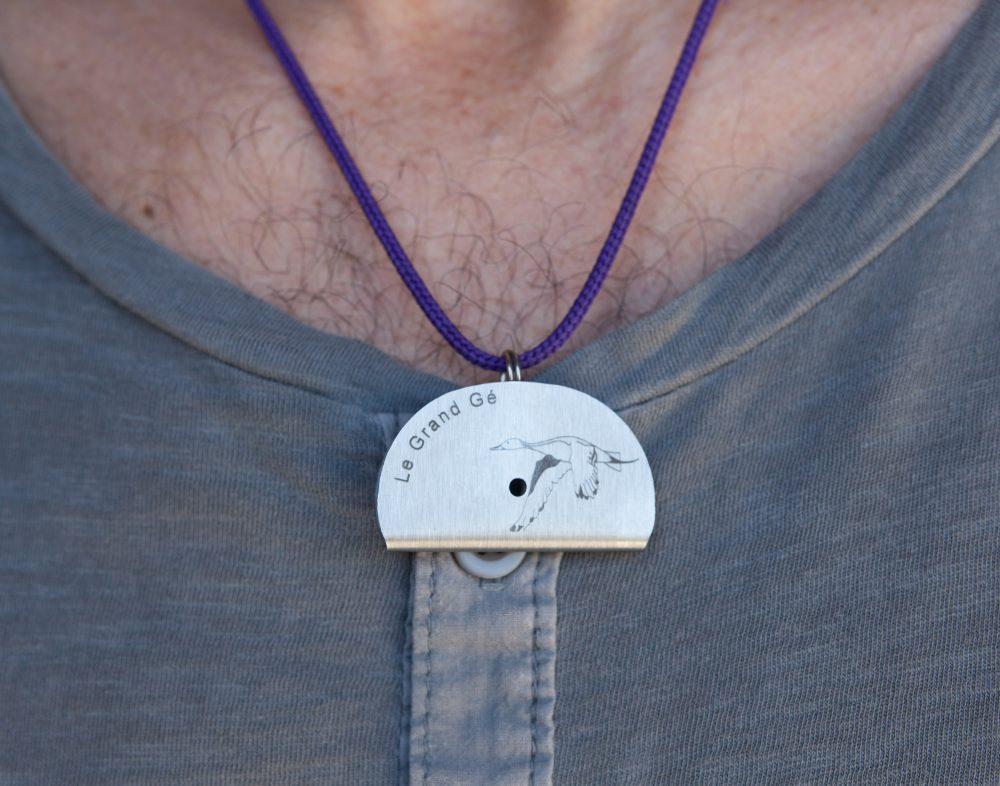 Sifflet personnalisé texte position extérieure collier