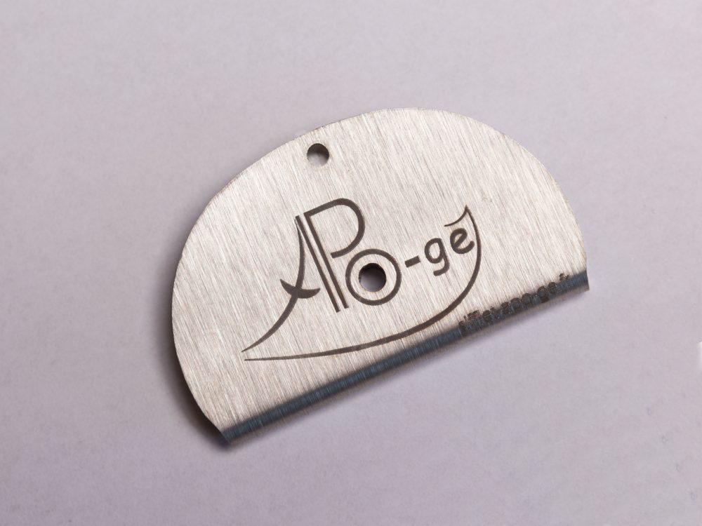 Sifflet gravé classique logo Apo-Gé