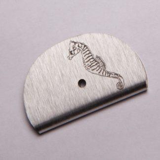 Sifflet gravé hippocampe