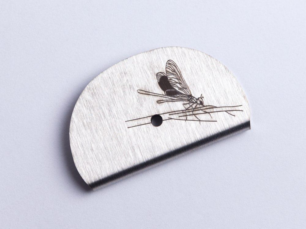 Sifflet gravé libellule