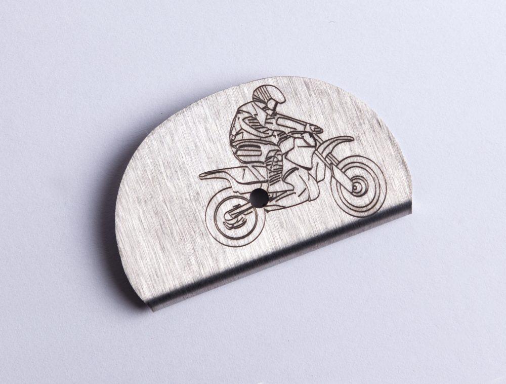 Sifflet gravé moto cross