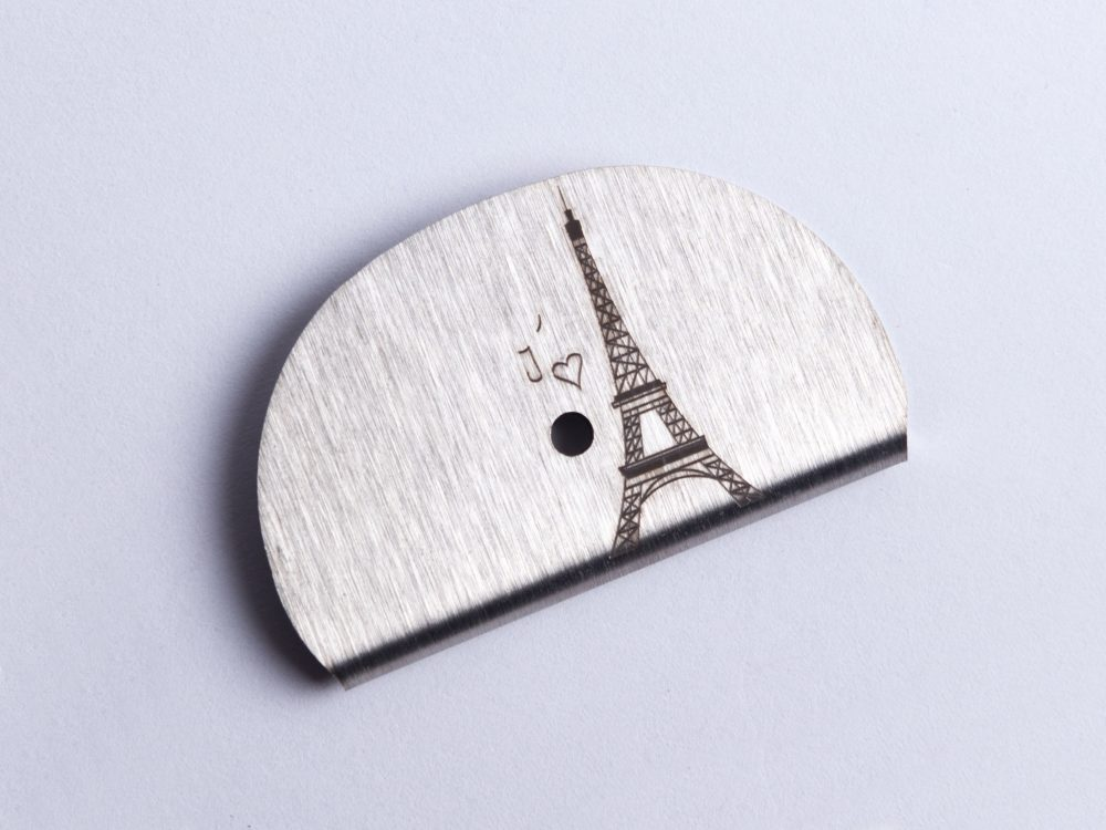 Sifflet gravé Tour Eiffel