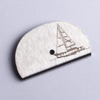 Sifflet gravé voilier