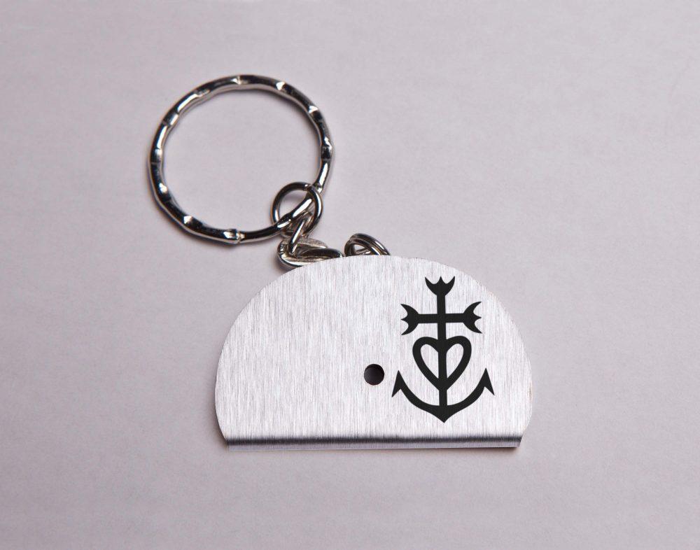 Sifflet porte clés croix de Camargue
